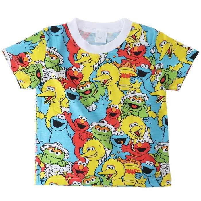 セサミストリート[子供用Tシャツ]キッズT-SHIRTS エルモ&フレンズ 総柄 SESAM・・・