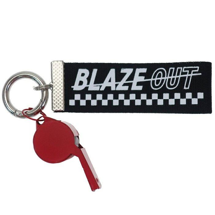 ホイッスル付き ロゴ テープ キーホルダー BLAZE OUT キーリング ブラック クラックス 12cm プチギフト おしゃれ グッズ