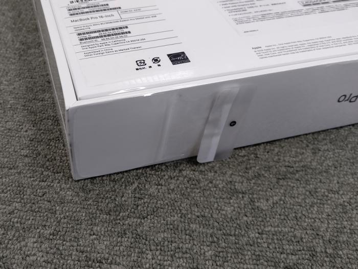 MacBook Pro Retinaディスプレイ 2300/16 MVVK2J/A [スペースグレイ] 商品画像3:パニカウ